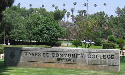 Cao đẳng Cộng đồng Riverside, Mỹ